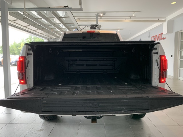 Pre-Owned 2017 Ford F-150 4WD SuperCrew Box