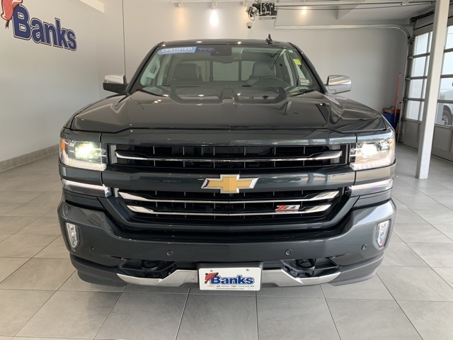Certified Pre-Owned 2017 Chevrolet Silverado 1500 4WD Double Cab 143.5