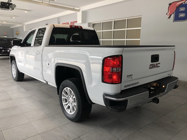 "Pre-Owned 2016 GMC Sierra 1500 4WD Double Cab 143.5"" SLE"