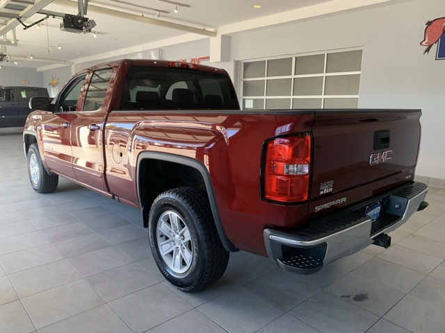 Certified Pre-Owned 2016 GMC Sierra 1500 4WD Double Cab 143.5