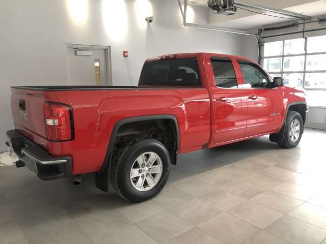 Certified Pre-Owned 2016 GMC Sierra 1500 4WD Double Cab Standard Box SLE