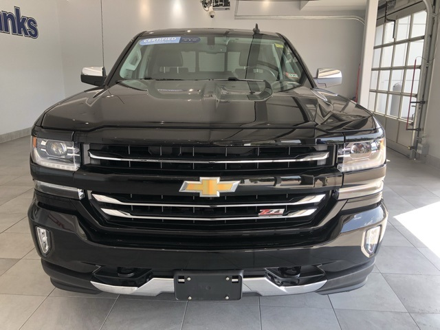 Certified Pre-Owned 2017 Chevrolet Silverado 1500 4WD Crew Cab Short Box LTZ Z71