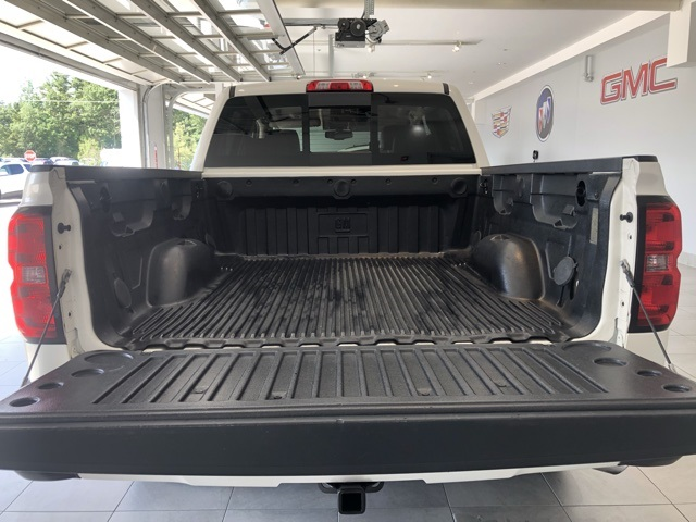 Certified Pre-Owned 2014 Chevrolet Silverado 1500 4WD Crew Cab Short Box High Country