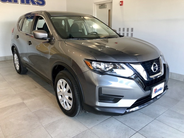 Pre-Owned 2017 Nissan Rogue AWD