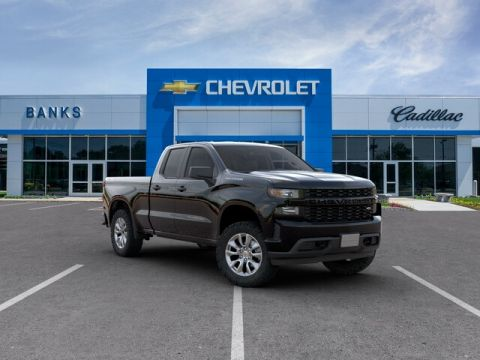 "New 2019 Chevrolet Silverado 1500 4WD Double Cab 147"" Custom"