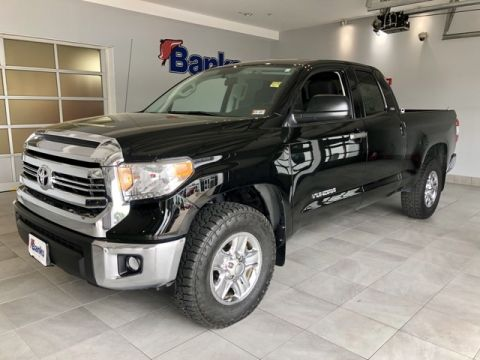 Pre-Owned 2016 Toyota Tundra 4WD Double Cab Standard Box SR5
